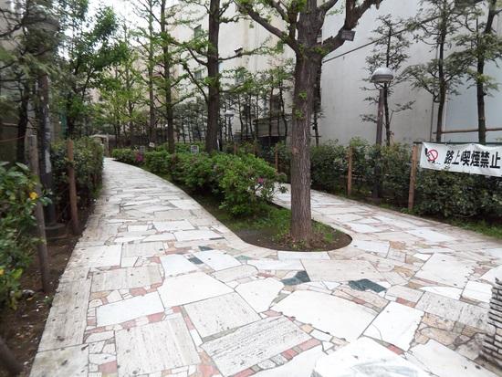 花園03.JPG